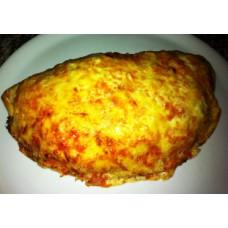Calzone (gefüllte Pizza)